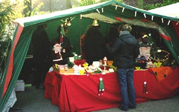 Erfolgreicher Weihnachtsmarkt-Stand